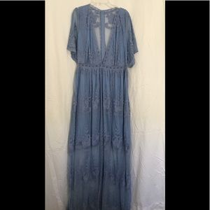 Dresses & Skirts - Perrywinkle Lace dress